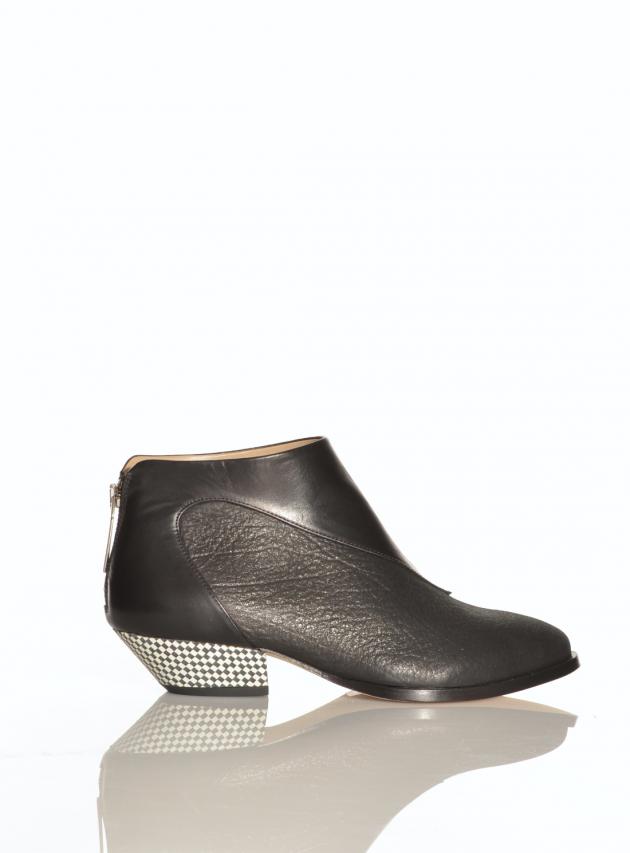 Elron Black Ankle Boots