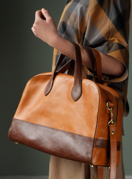 Cona Bowling Bag in Tan/Conker Leather