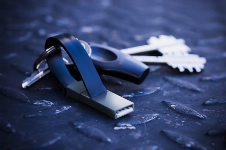popcord™: unforgettable keyring charger – iPhone & micro