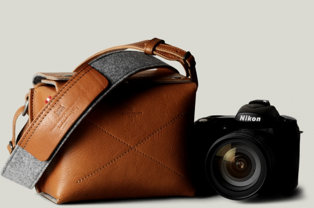 BOX CAMERA BAG / HERITAGE