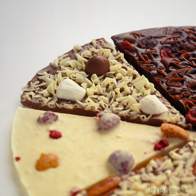 CUSTOM CHOCOLATE PIZZA