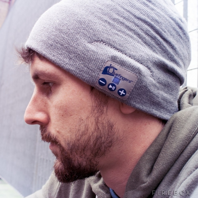 HANDS-FREE BLUETOOTH BEANIE