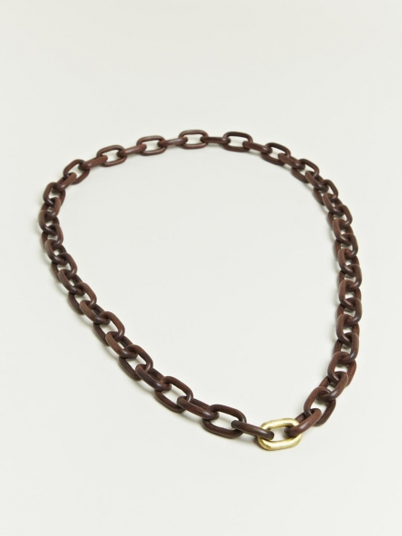 SEAMLESS ROSEWOOD BRASS LINK NECKLACE