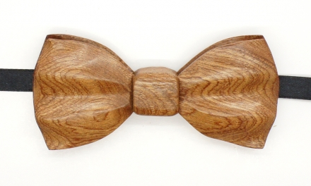 Mahogany bow tie