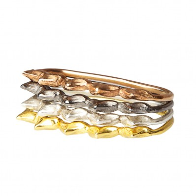 Double Tooth Stacking Ring