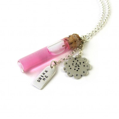 In Wonderland Necklace