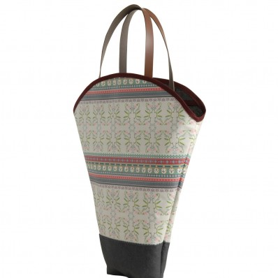 "Flower Carry Bag in ""Code Liberty"""