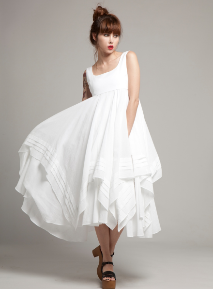 AMY Trapeze Dress in White Cotton