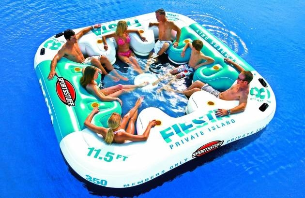 Sportsstuff – Fiesta Island 1-8 Person