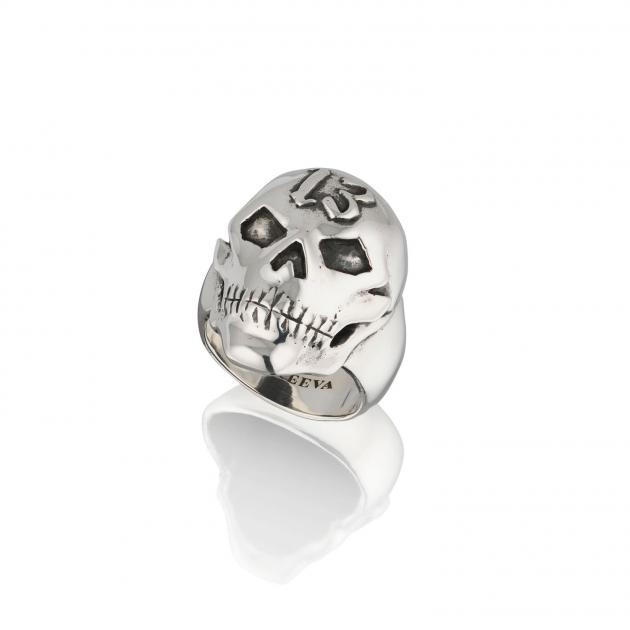 Thirteen Skull Ring