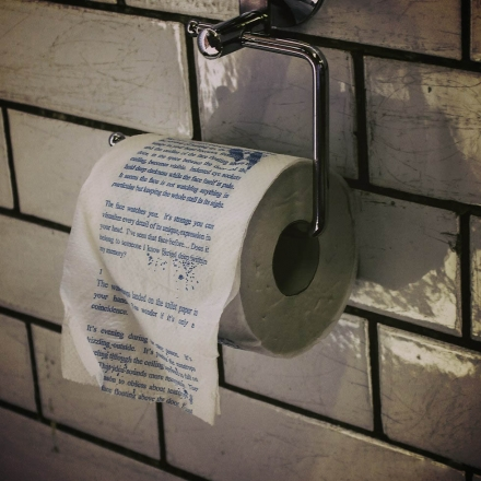 THE DROP – HORROR NOVEL TOILET ROLL