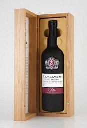 1964 Taylor's Very Old Single Harvest Port presented in a Taylor's wooden luxury box
