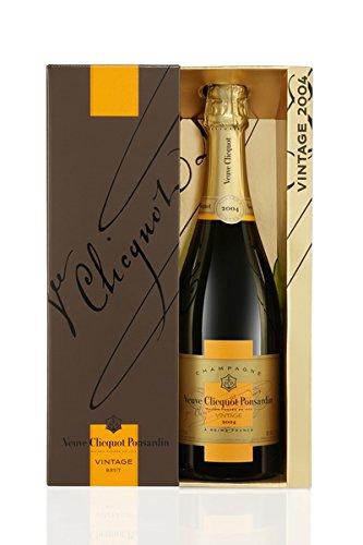 Veuve Clicquot Vintage Brut 2004 Champagne 75 cl (Gift Box)