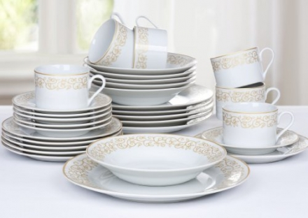30 Piece Gold Leaf Dinner Set