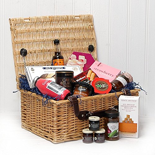 The Fitzroy Luxury Wicker Christmas Gift Hamper Basket with 15 Items from Fine Food Store